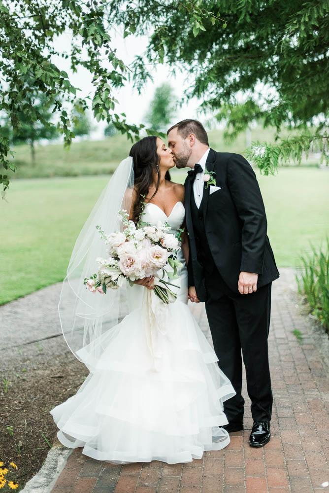 alabama_weddings_Jennifer_Oetting_Dooley_BA_Warehouse-1022