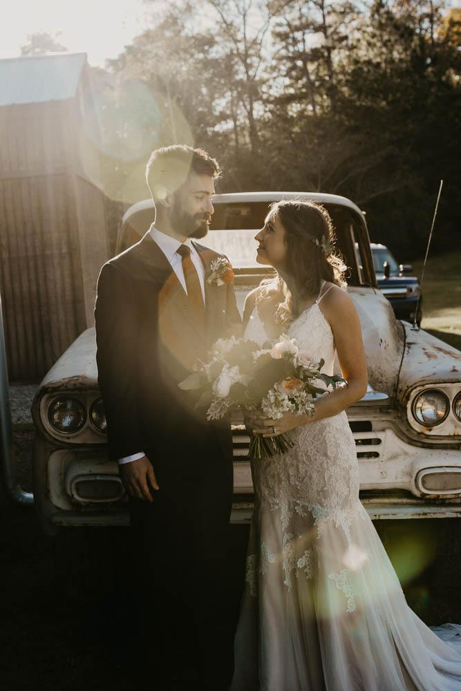 alabama_weddings_KelseyJusticeCreative_Barn_at_Shady_Lane-1029