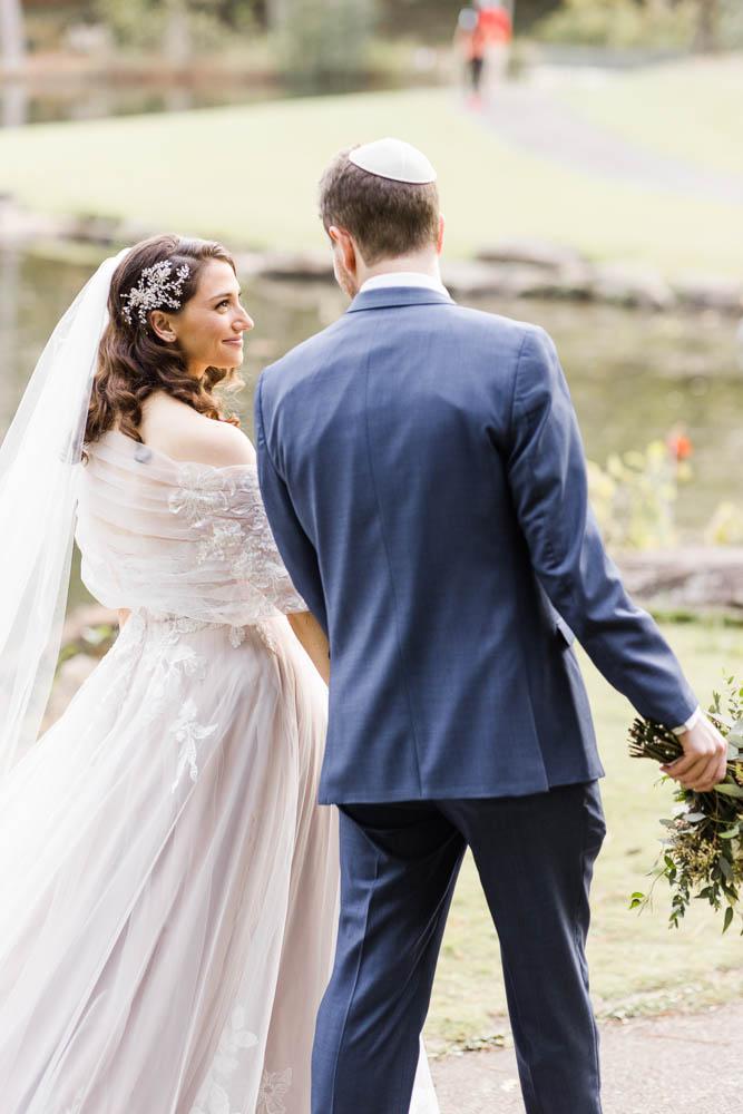 alabama_weddings_dorothy_mcdaniels_flower_market_AL_weddings_photography-1004