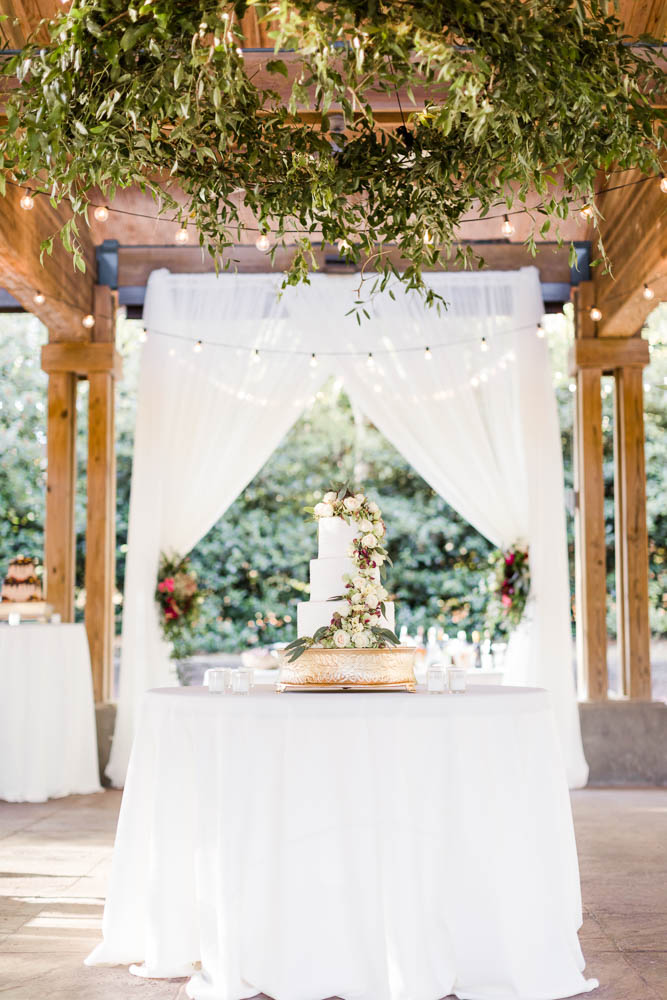 alabama_weddings_dorothy_mcdaniels_flower_market_AL_weddings_photography-1024