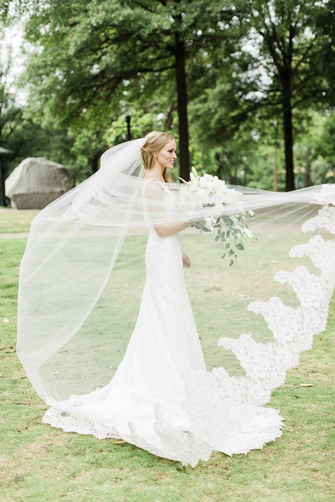 alabama_weddings_heidi_elnora_build_a_bride_Leslie_hollingsworth_photography_beckys_brides-1019